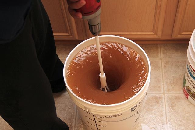 pokretanje zastale fermentacije mešanjem