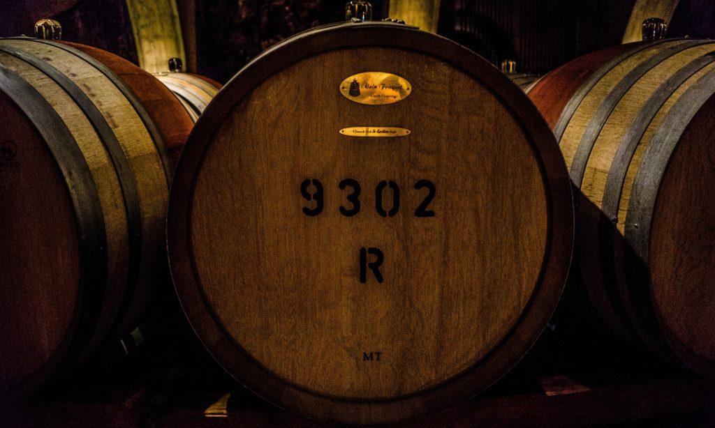 Odležavanje vina u drvenim sudovima utiče na cenu vina