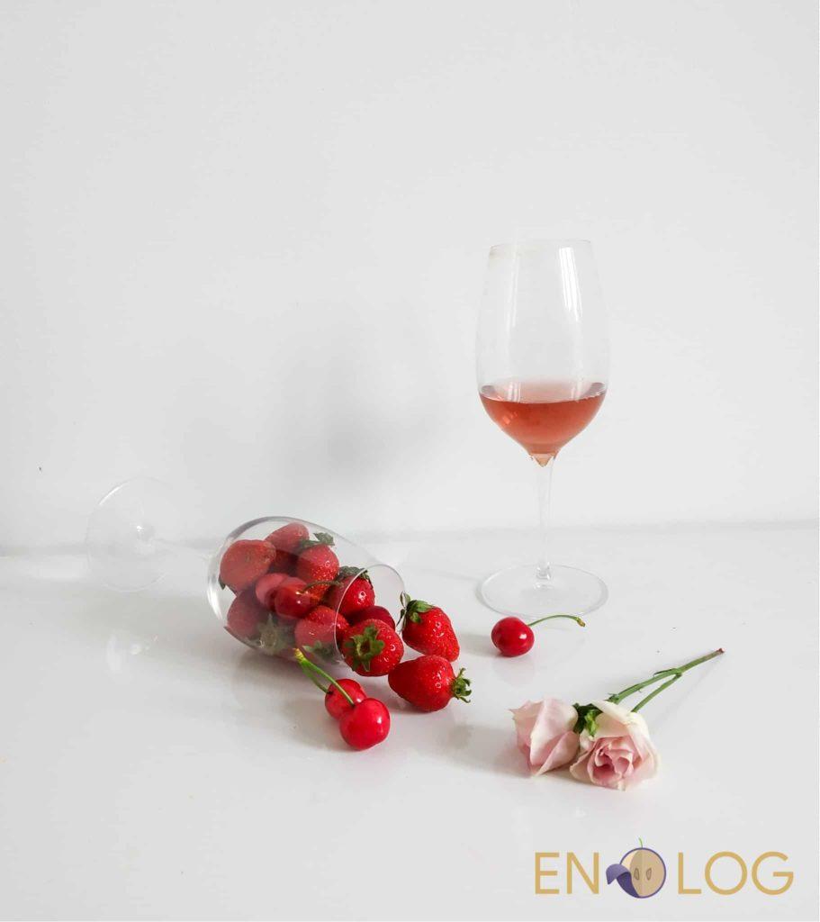 Roze vino voćne arome