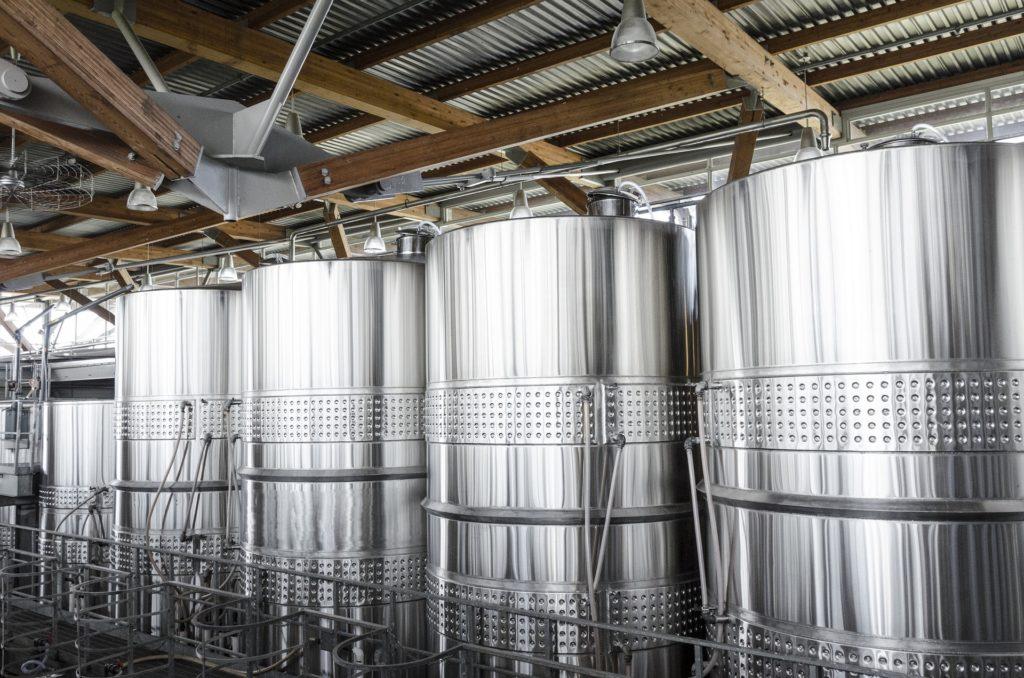 Metalni sudovi za vino
