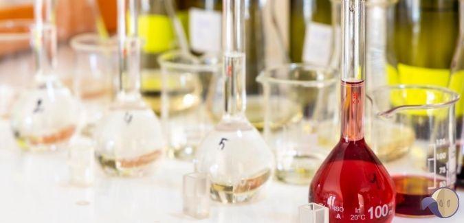 Kiseline u vinu